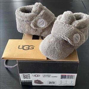 NWOT Ugg Baby Bixbee Ankle Boot sz 2/3
